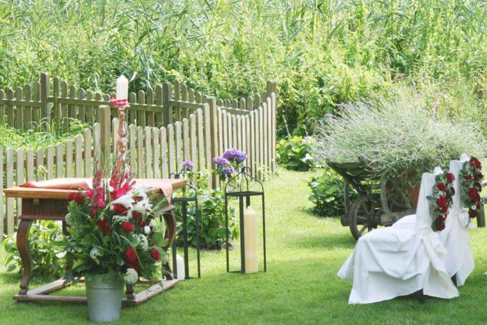 Hochzeit und freie Trauung im Garten der Alster Au
