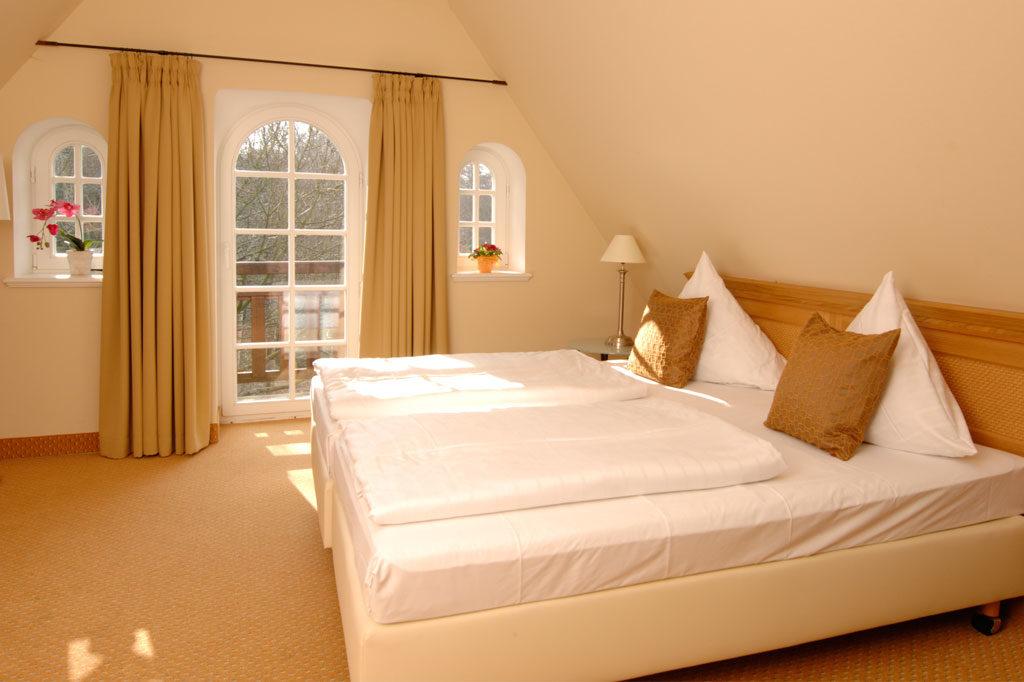 Hotelzimmer im Landhausstil mit Aussicht